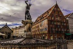 Weberhaus på Moritzplatz den gamla staden i Augsburg Arkivbild