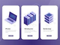 Webhostingservice isometrisch pictogram, vps serverruimte, de wolkenopslag van het gegevenspakhuis, laptop met grote gegevens - v royalty-vrije illustratie