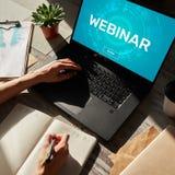 Webinar Edukacja, nauczanie online, Biznesowa nauka i ogłoszenie towarzyskie rozwoju pojęcie, obrazy royalty free