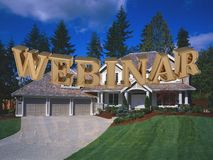 WEBINAR - inskrypcja jaskrawi złoto listy na ogródzie Zdjęcie Stock