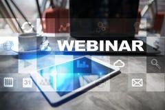 Webinar Nauczanie online, online edukaci pojęcie rozwoju ogłoszenie towarzyskie parawanowy wirtualny fotografia stock