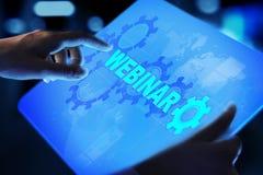 Webinar, Online szkolenie, pojęcie na wirtualnym ekranie, edukacji i nauczania online zdjęcie royalty free