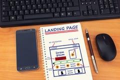 """Website pagina het landen ontwikkelings†""""schets op notitieboekje, online royalty-vrije stock foto"""
