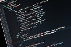 Websiteutveckling - programmera kod på datorskärmen royaltyfria foton