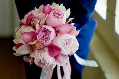 Wedding формы Bridal букета классические в розовых тонах Wedding floristry Стоковая Фотография
