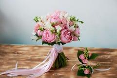 Wedding формы Bridal букета классические в розовых тонах Wedding floristry Стоковые Фото