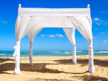 Wedding altar on the beach Royalty Free Stock Images