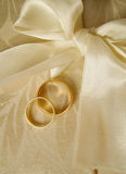 Wedding bands2. Set of gold wedding rings royalty free stock image