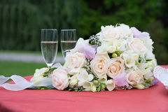 Wedding bouquet with champagne Royalty Free Stock Image