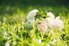 Wedding bouquet on green grass Royalty Free Stock Photos