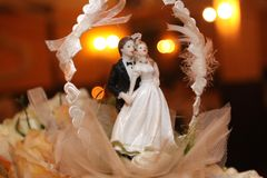Wedding cake. With figurine of pair Royalty Free Stock Photography