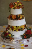 Wedding Cake. A wedding cake decorated in flowers Stock Photography