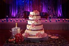 Free Wedding Cake Stock Photography - 23254142