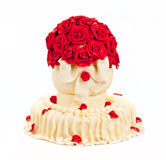 Wedding cake. With red roses & bow Royalty Free Stock Photo