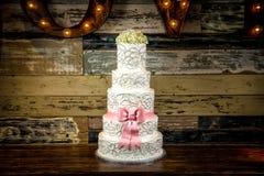 Free Wedding Cake Royalty Free Stock Image - 33449176