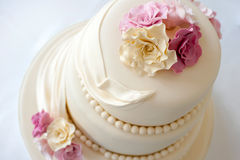 Free Wedding Cake Royalty Free Stock Images - 36549159