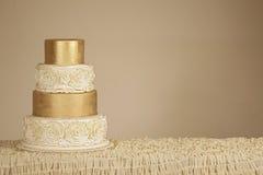 Free Wedding Cake Royalty Free Stock Image - 42373456