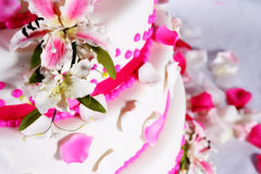 Wedding cake. Beautiful wedding cake to celebrate that special day Stock Photos