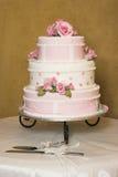 Wedding Cake. Pink and white floral design wedding cake Stock Photos