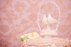 Wedding cake with doves Royalty Free Stock Photography