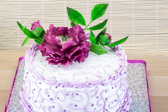 Wedding cake with flower Royalty Free Stock Photos
