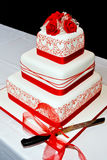 Wedding Cake red roses royalty free stock images