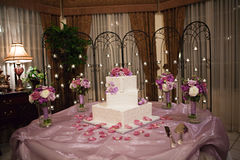 Wedding Cake on table Stock Photography