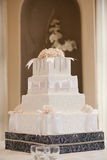 Wedding cake. With white flowers Royalty Free Stock Photos