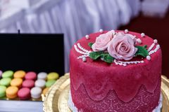 Wedding cakes. Beautifully decorated delicious things Stock Photos
