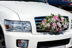 Wedding car. With bouquet of flowers Royalty Free Stock Photo