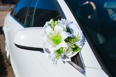 Wedding car decoration. white  flowers Stock Photography