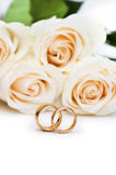 Wedding concept with roses and  rings Royalty Free Stock Photography