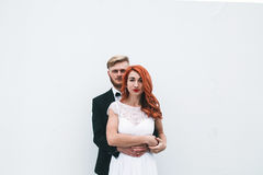 Wedding couple in a futuristic building Royalty Free Stock Photos