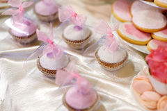 Wedding cupcakes in pink and purple Royalty Free Stock Image