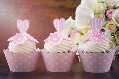 Wedding Day shabby chic style pink cupcakes Royalty Free Stock Images