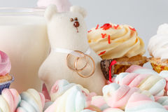 Wedding decoration with toy bear and rings Royalty Free Stock Image