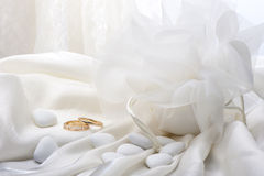 Wedding favors and wedding ring Royalty Free Stock Photo