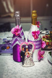 Wedding figurines with champagne Royalty Free Stock Photography