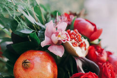 Wedding flowers decoration with grapefruit Royalty Free Stock Images