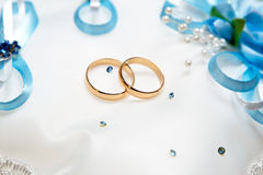 Wedding gold rings bride and groom Stock Images
