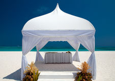 Wedding hut at the beach. Wedding hut at a tropical beach on the maldives Royalty Free Stock Photos
