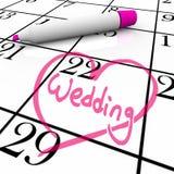 Wedding - il giorno di unione ha circondato con cuore Immagini Stock Libere da Diritti