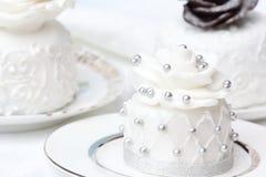 Wedding individual cake Stock Image