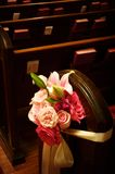 Wedding pew flowers Royalty Free Stock Photos