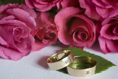 Wedding ring. A wedding ring with rose Royalty Free Stock Photos