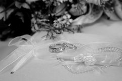 Wedding Rings. His and Hers wedding rings on a guest book Royalty Free Stock Photos