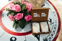 Wedding rings in decorative box. With flowers Stock Photography