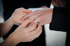 Wedding rings exchange Royalty Free Stock Photography