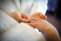 Wedding rings exchange Royalty Free Stock Images
