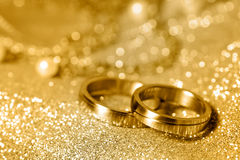 Free Wedding Rings In Gold Royalty Free Stock Photos - 19773228